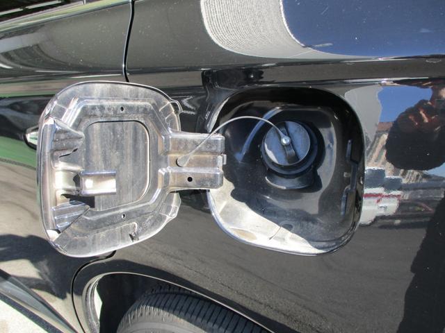24Gナビパッケージ 純正SDナビ フルセグTV バックカメラ サイドカメラ(左) 7人乗り 電動テールゲート 電子制御4WD 追従型オートクルーズ スマートキー プッシュスタート ワンオーナー 車両状態評価書掲載(17枚目)