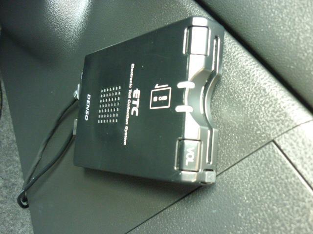 日産 デュアリス 20S 純正HDDナビ CD録音DVD再生 Bカメラ ETC
