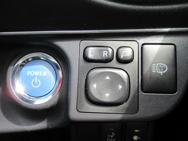S 純正SDナビ 地デジTV Bluetooth DVD再生 バックカメラ ETC 前後席ブルーイルミネーション ヘッドライトウォッシャー 左右シートヒーター(13枚目)