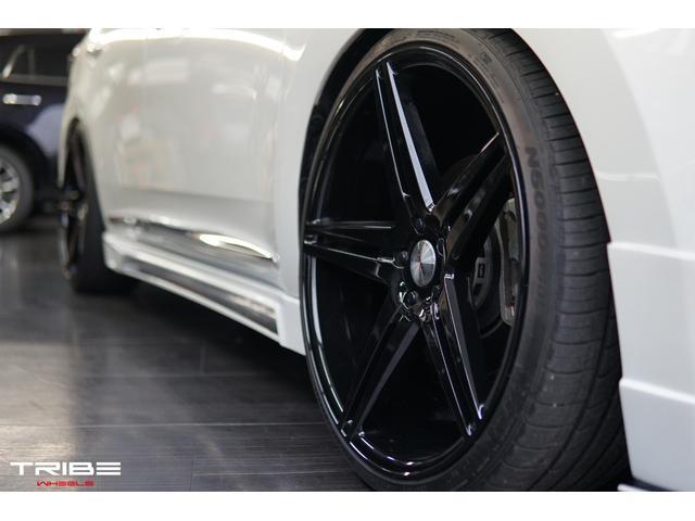 トライブフォース22インチAW Newカラー ブラック&車高調