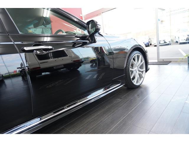 新車メーカー保証付きです。最寄りのディーラーにて点検、修理が受けられますので、購入後もご安心してお乗りいただけます。