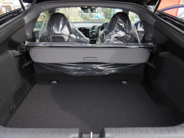 ホンダ CR-Z αファイナルレーベル 登録済未使用車 6MT メーカー保証