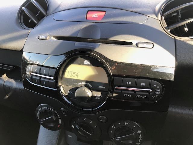 マツダ デミオ 13C-V スマートエディション2 純正AM/FM/CDプレ