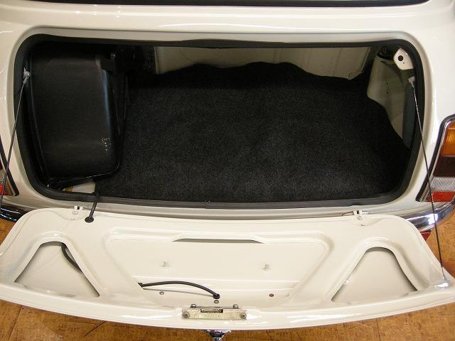 ローバー ローバー MINI メイフェア 1.3i  外装リフレッシュペイント済み