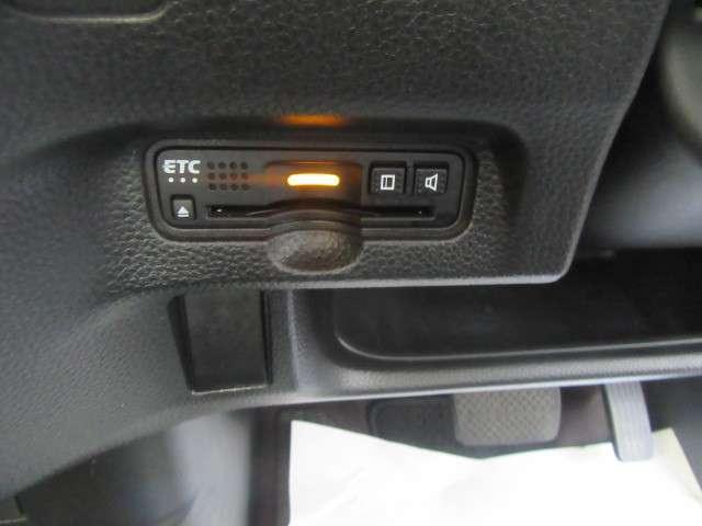 G・Lターボホンダセンシング ナビ Bluetooth 2年保証 キーフリー ワンオーナ ESC 禁煙 LEDヘッド ターボ車 バックカメ メモリナビ 地デジ ナビTV クルコン ETC スマートキー アルミ ベンチシート DVD(11枚目)