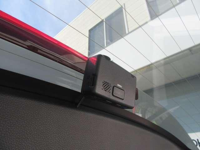 ハイブリッドX・ホンダセンシング 4WD 8インチナビ 前後ドラレコ 2年保証 ナビTV バックカメラ 4WD メモリーナビ フルセグ サポカー ETC シートヒーター LEDライト 1オーナー 横滑防止 AW CD DVD(11枚目)