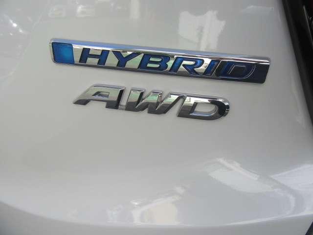 ハイブリッドX・ホンダセンシング 4WD 8インチナビ 前後ドラレコ 2年保証 ナビTV バックカメラ 4WD メモリーナビ フルセグ サポカー ETC シートヒーター LEDライト 1オーナー 横滑防止 AW CD DVD(16枚目)