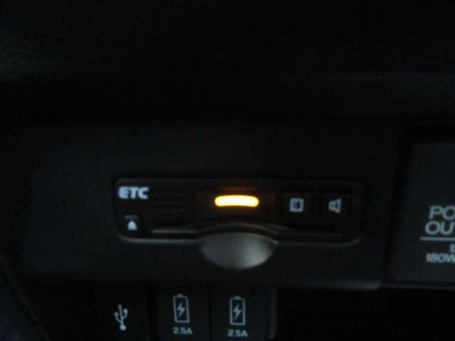 G・ターボパッケージ 1年間走行距離無制限保証付き メモリーナビ CTBA タイヤ新品 ワンオーナー スマートキー AW フルセグTV 禁煙 クルコン ETC ターボ ベンチシート DVD 盗難防止装置 サイドエアバック(7枚目)