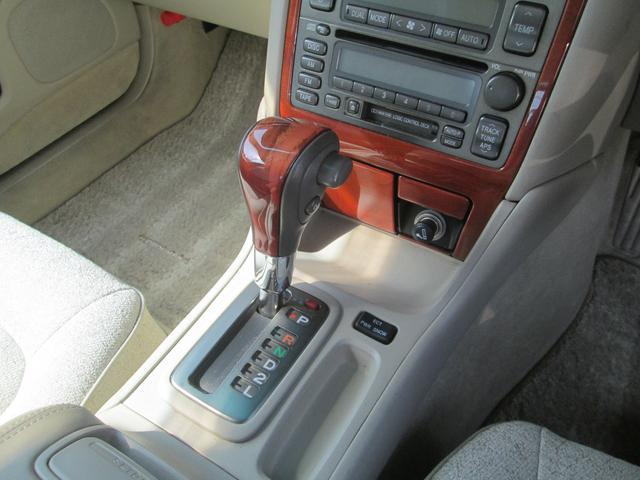 トヨタ プログレ NC250 ウォールナットパッケージ