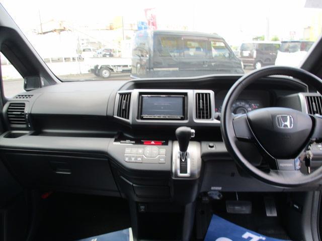 S オートエアコン HIDヘッドライト キーレス 盗難防止システム ABS 左パワースライド 社外ナビ・フルセグ パドルシフト(10枚目)