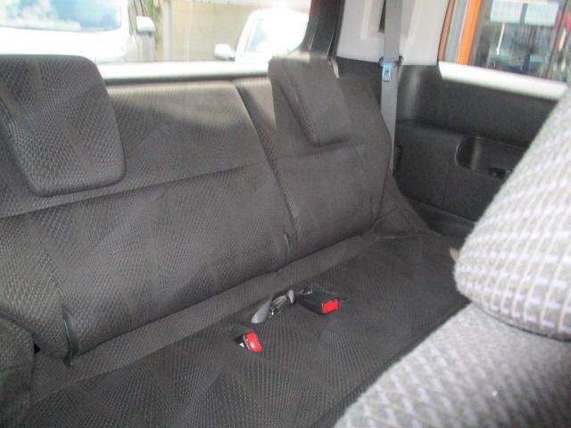 S オートエアコン HIDヘッドライト キーレス 盗難防止システム ABS 左パワースライド 社外ナビ・フルセグ パドルシフト(13枚目)