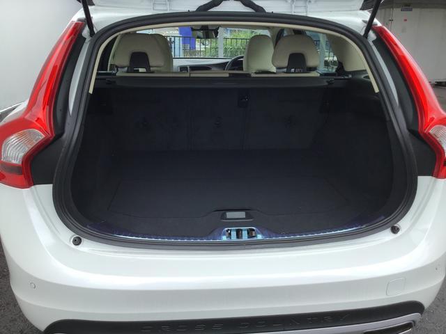クロスカントリー D4 SE 白本革 PCC シートヒーター(17枚目)