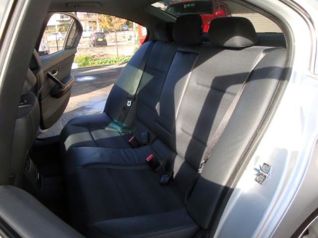 325i ダイナミックスポーツパッケージ ディーラー車(23枚目)