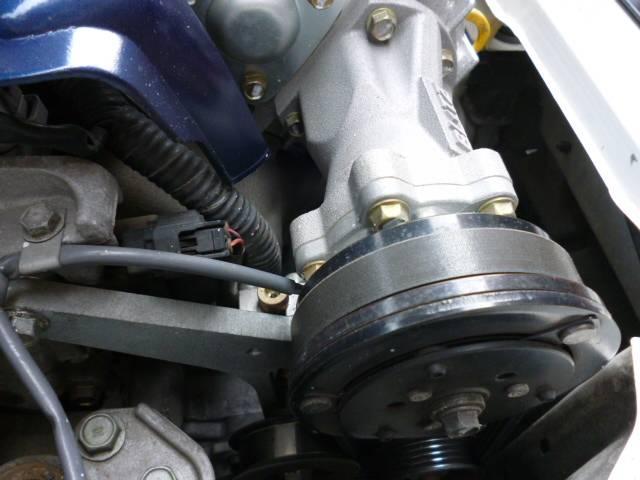 トヨタ イスト 1.5SLエディション ブリッツスーパーチャージャー HID
