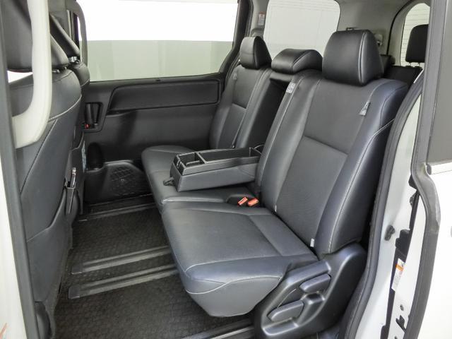 Gi トヨタセーフティセンス 8人乗り 両側電動スライドドア ドライブレコーダー 後席モニター ETC スマートキー クルーズコントロール LEDヘッドライト 純正15インチアルミホイール 禁煙車(26枚目)