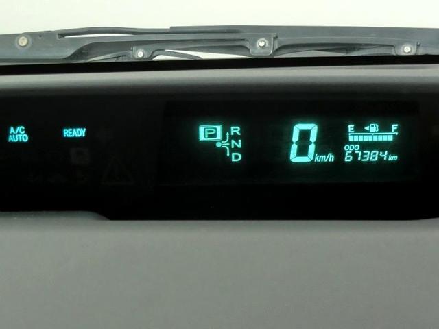 S 10thアニバーサリーエディション ハイブリッド ワンオーナー 横滑り防止機能 ABS エアバッグ オートクルーズコントロール 盗難防止装置 バックカメラ ETC CD スマートキー キーレス フル装備 HIDヘッドライト オートマ(29枚目)