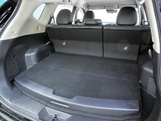 20X HVエマージェン ハイブリッド ワンオーナー 4WD 衝突被害軽減システム 横滑り防止機能 ABS エアバッグ オートクルーズコントロール 盗難防止装置 バックカメラ ETC ミュージックプレイヤー接続可 CD 記録簿(31枚目)