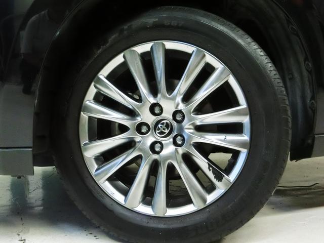 カッコイイ純正アルミホイール!タイヤは4本とも新品に交換します!