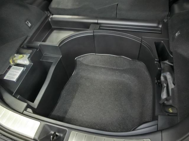 プレミアム アドバンスドパッケージ ワンオーナー 電動シート 安全装備 衝突被害軽減システム 横滑り防止機能 ABS エアバッグ オートクルーズコントロール 盗難防止装置 アイドリングストップ バックカメラ ETC CD スマートキー(17枚目)