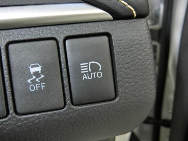 プレミアム PCS AHB LDA ICS 純正メモリーナビ ETC 電動バックドア LEDヘッドライト 純正18インチアルミホイール クルーズコントロール 禁煙車 ワンオーナー(15枚目)
