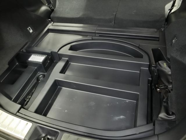 プレミアム PCS AHB LDA ICS 純正メモリーナビ ETC 電動バックドア LEDヘッドライト 純正18インチアルミホイール クルーズコントロール 禁煙車 ワンオーナー(39枚目)