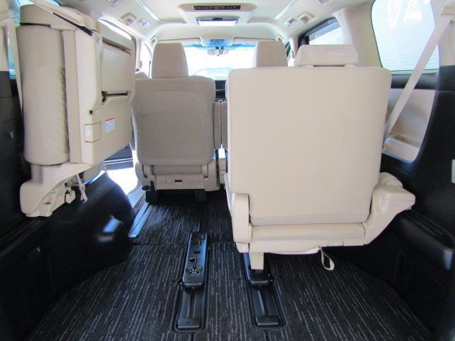 X メモリーナビ フルセグ バックカメラ DVD再生 後席モニター 4WD スマートキー ETC LEDヘッドランプ 両側電動スライド 3列シート 乗車定員7人 オートクルーズコントロール ワンオーナー(15枚目)