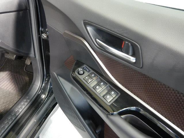 G-T ワンオーナー 革シート 安全装備 衝突被害軽減システム 横滑り防止機能 ABS エアバッグ オートクルーズコントロール 盗難防止装置 バックカメラ ETC ドラレコ ミュージックプレイヤー接続可 CD(6枚目)