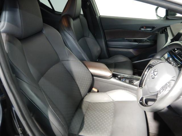G-T ワンオーナー 革シート 安全装備 衝突被害軽減システム 横滑り防止機能 ABS エアバッグ オートクルーズコントロール 盗難防止装置 バックカメラ ETC ドラレコ ミュージックプレイヤー接続可 CD(16枚目)