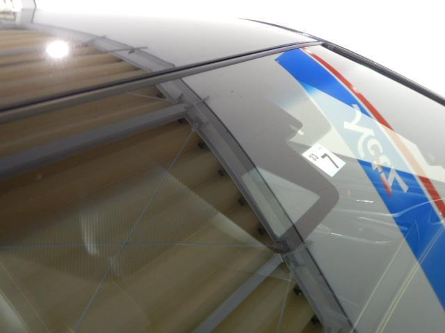 プログレス ハイブリッド ワンオーナー 4WD ハーフレザー 電動シート 安全装備 衝突被害軽減システム 横滑り防止機能 ABS エアバッグ 盗難防止装置 バックカメラ ETC ミュージックプレイヤー接続可 CD(7枚目)