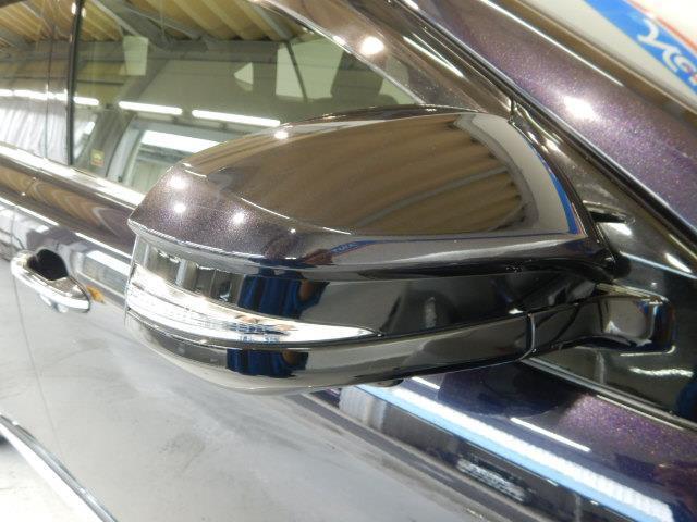 プログレス ハイブリッド ワンオーナー 4WD ハーフレザー 電動シート 安全装備 衝突被害軽減システム 横滑り防止機能 ABS エアバッグ 盗難防止装置 バックカメラ ETC ミュージックプレイヤー接続可 CD(8枚目)