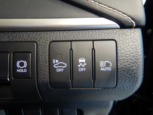 プログレス ハイブリッド ワンオーナー 4WD ハーフレザー 電動シート 安全装備 衝突被害軽減システム 横滑り防止機能 ABS エアバッグ 盗難防止装置 バックカメラ ETC ミュージックプレイヤー接続可 CD(13枚目)