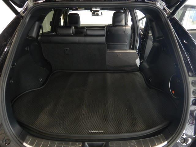 プログレス ハイブリッド ワンオーナー 4WD ハーフレザー 電動シート 安全装備 衝突被害軽減システム 横滑り防止機能 ABS エアバッグ 盗難防止装置 バックカメラ ETC ミュージックプレイヤー接続可 CD(31枚目)