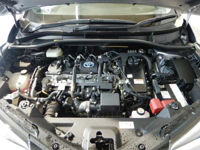 S ハイブリッド ワンオーナー 安全装備 衝突被害軽減システム 横滑り防止機能 ABS エアバッグ 盗難防止装置 バックカメラ ETC ミュージックプレイヤー接続可 CD スマートキー キーレス フル装備(8枚目)