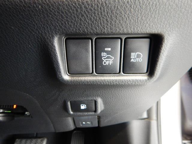 S ハイブリッド ワンオーナー 安全装備 衝突被害軽減システム 横滑り防止機能 ABS エアバッグ 盗難防止装置 バックカメラ ETC ミュージックプレイヤー接続可 CD スマートキー キーレス フル装備(13枚目)