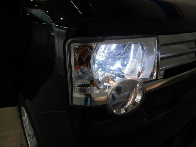 カスタム RS ABS エアバッグ 盗難防止装置 アイドリングストップ バックカメラ ミュージックプレイヤー接続可 CD スマートキー キーレス フル装備 HIDヘッドライト アルミホイール オートマ ベンチシート(4枚目)