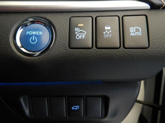 プレミアム ハイブリッド ワンオーナー 4WD 電動シート 安全装備 衝突被害軽減システム 横滑り防止機能 ABS エアバッグ オートクルーズコントロール 盗難防止装置 アイドリングストップ バックカメラ ETC(9枚目)