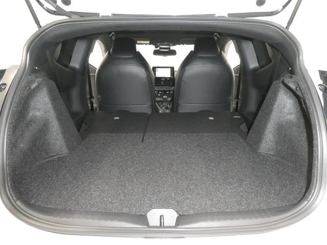 RZ ハイパフォーマンス TSS スマートキー フルセグナビ バックモニター ETC ワンオーナー車 LEDヘッドライト フルエアロスポイラー 純正アルミホイール オートエアコン ABS付き エアバッグ付き 横滑り防止装置付き(17枚目)