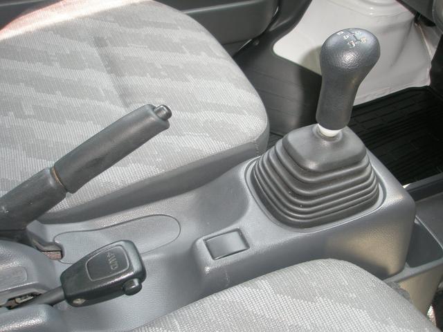 スズキ キャリイトラック KC 4WD F5速 エアコン パワステ タイヤ新品