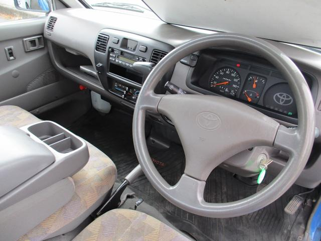 トヨタ ライトエーストラック 2.2ディーゼル オートマ