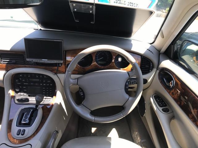 「ジャガー」「XJ」「セダン」「静岡県」の中古車7