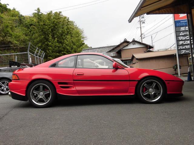 GT 5速ターボ レカロシート 社外バンパー リヤウイング(4枚目)