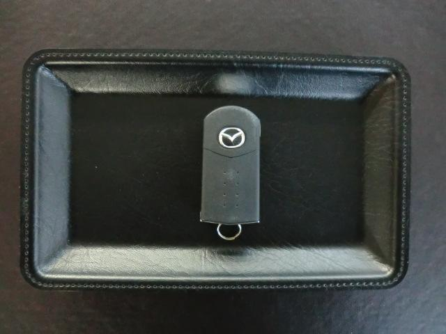 マツダ デミオ 13C CDデッキ USBポート付き キーレスエントリー