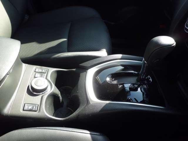 2.0 20X ハイブリッド エマージェンシーブレーキパッケージ 4WD MM514D-Lナビ バックカメラ ETC エマージェンシー バックM 1オナ LEDヘッドライト ナビTV ETC 4WD メモリーナビ キーレス ABS 盗難防止システム AW Sキー ECOモード(20枚目)