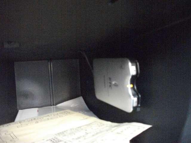 クロスライダー 純正HDDナビ サイドカメラ バックカメラ スエード調シート 2マフラー(11枚目)