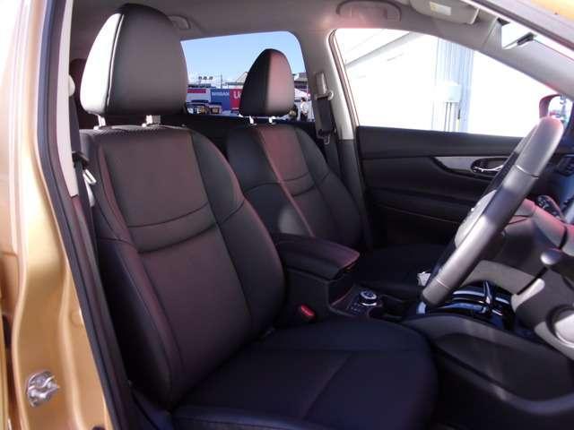 他にも画像がございますので、是非ご覧頂ければと思います。より詳しくお車をご覧いただけます。
