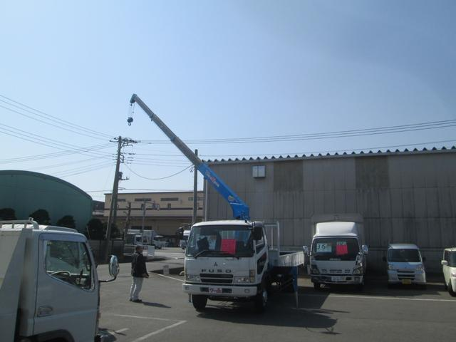 三菱ふそう ファイター 4段クレーン ラジコン 2.6t積み 2.93t吊