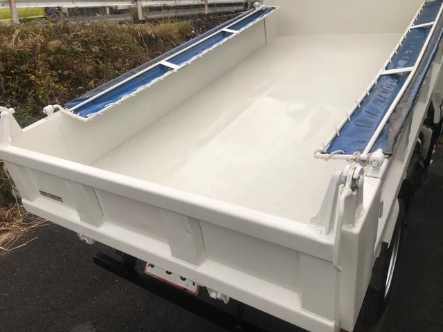3tダンプ 低床 4ナンバー ディーゼルターボ コボレーン 5速マニュアル 3ペダル 外装鈑金塗装仕上げ済み(16枚目)