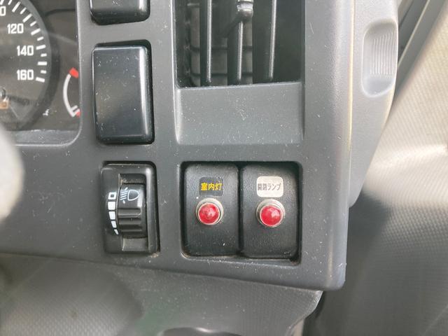 ロング 1.95tパネルバンロング ディーゼルターボ バックカメラ キーレス ABS 電動ミラー はね上げゲート 階段付き 外装鈑金ペイント(31枚目)
