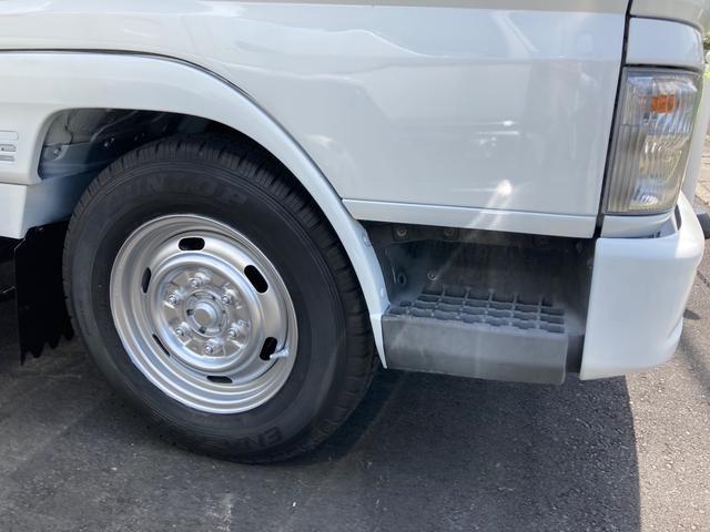 1.5tパネルバン 2000ccガソリン車 バックカメラ キーレス リアシャッター 2段ラッシングレール 総重量3425kg(5枚目)