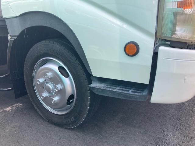2tワイドロング トラック 後輪ダブル ABS エアコン パワーステアリング パワーウインドウ 4900ccディーゼル ロープ穴8ケ(3枚目)